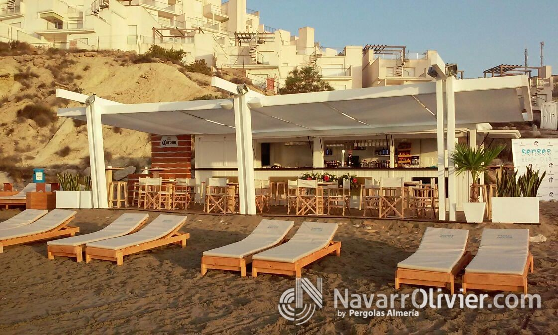 Beach club desmontable de madera en Cullera, Alicante