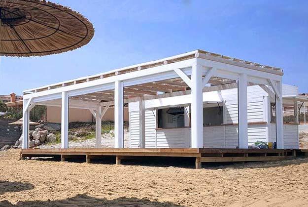Cat logo de chiringuitos y equipamiento de playa for Kioscos de madera baratos